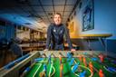 Mike Jansen aanvoerder van SV Rijssen vertelt over de fusie in de kantine