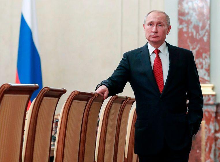 Vladimir Poetin in Moskou, eerder deze week. Welke opties heeft Poetin om ook straks de touwtjes in handen te houden? Beeld AP