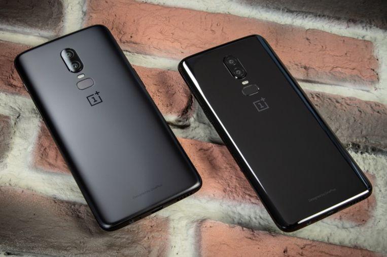 De OnePlus 6. Het T-model wordt verwacht er ongeveer hetzelfde uit te zien: alleen de interne hardware zou verschillend zijn. Beeld Tweakers