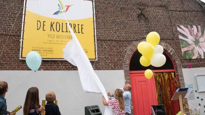 Kolibrie is nieuwe naam voor Vrije Basisschool Asper en daar hoorde een feestje bij