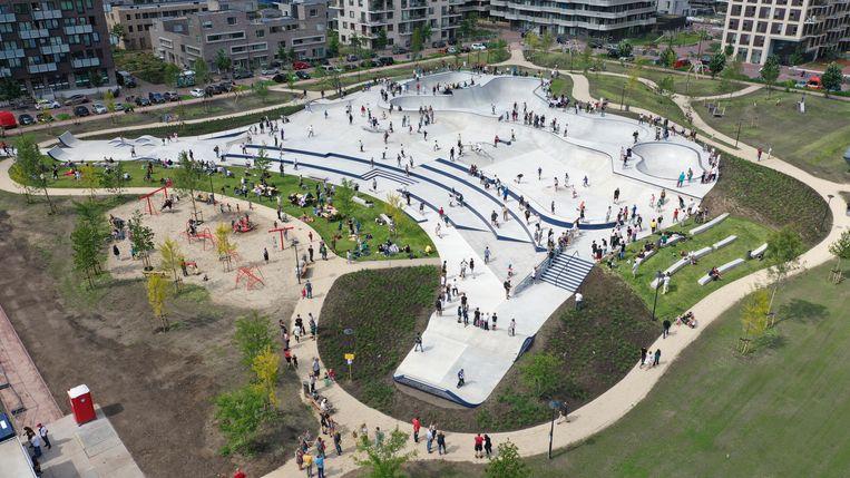 Het grootste skatepark van Nederland staat in Amsterdam. Beeld Damiaan Winkelman/SkateOn