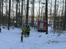 Hulpdiensten redden gewonde langlaufer uit bos
