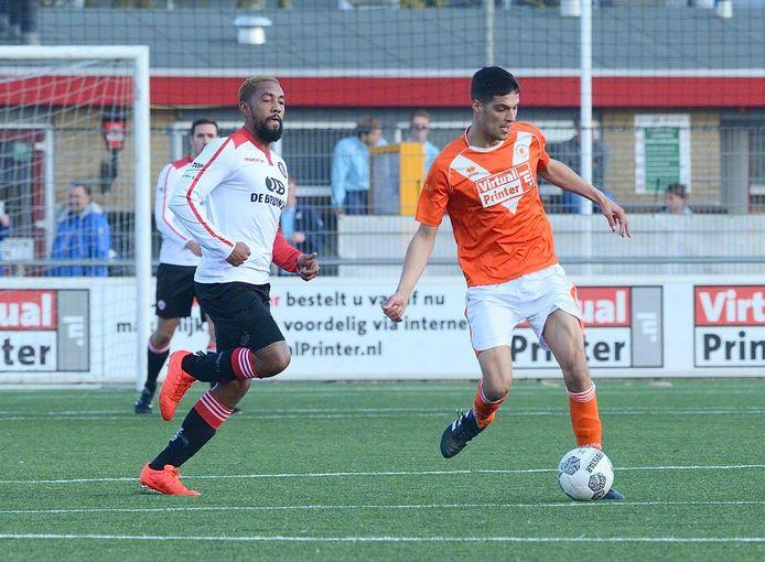 Rik Kramer stapt van Oranje Wit over naar de Dordtse stadgenoot DFC.