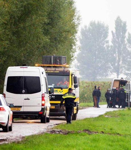 Wie haalde de trekker over in Hooge Zwaluwe?