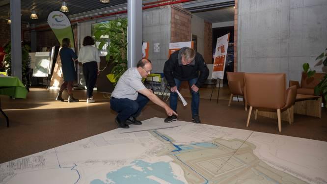 Fietstunnel, aanmeerkade én ontbossing voor sanering Kleiputten: provincie licht 'een van meest complexe vergunningsaanvragen ooit' toe tijdens infomarkt