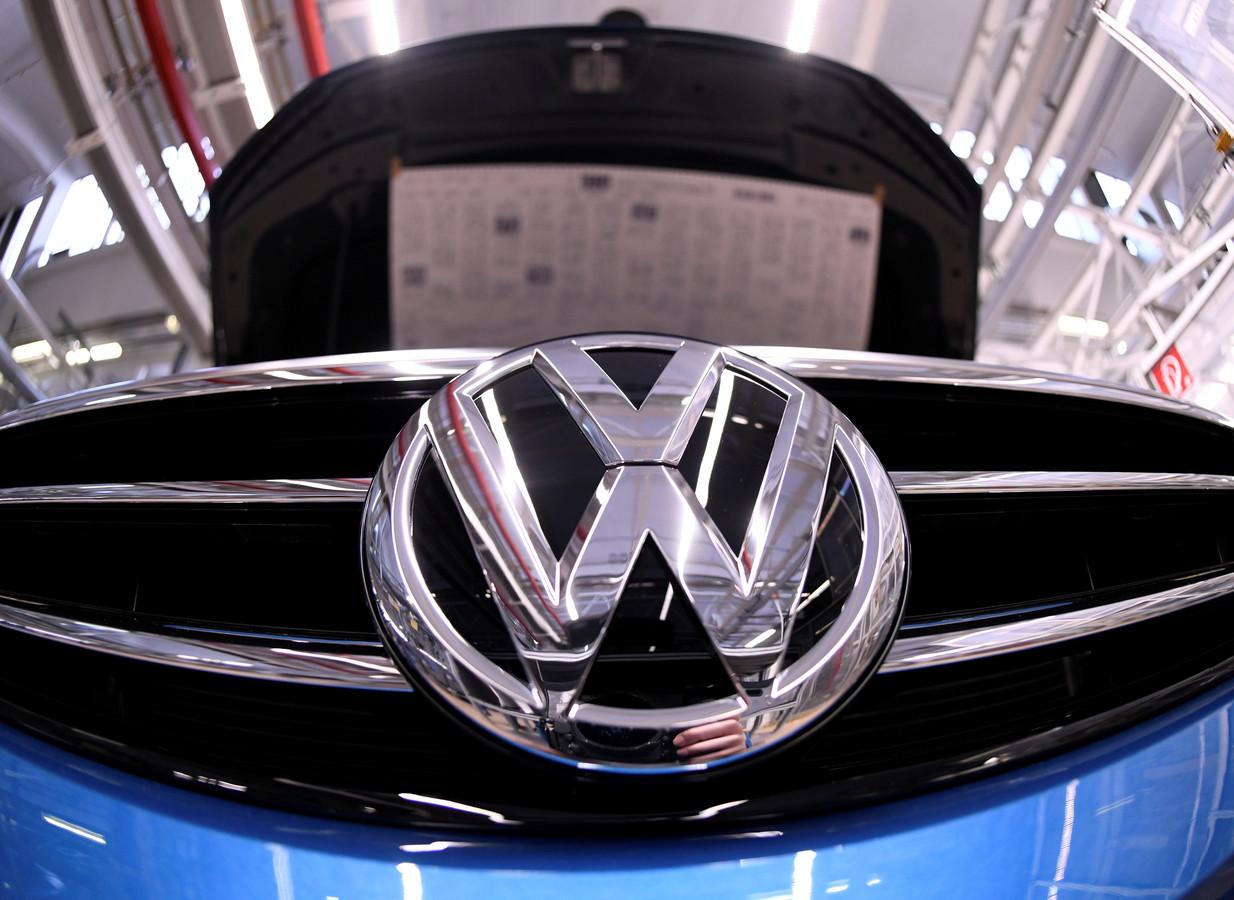 Auto-importeur Pon zegt dat het op verzoek van Volkswagen bepaalde modellen probeert te traceren en terug te roepen.