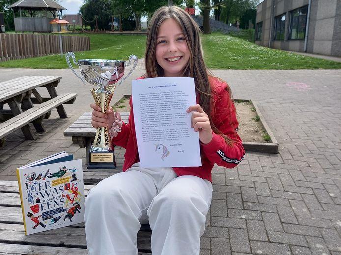 Nynke De Vuyst won de verhaalwedstrijd ter gelegenheid van de jeugdboekenmaand met haar verhaal over de eenhoorn.