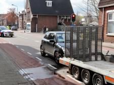 Auto knalt achterop aanhangwagen in Boxmeer: bestuurster gewond naar ziekenhuis