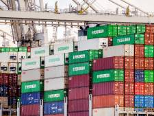 Ex-douanier 'verraden' door telefoon: aangehouden voor lekken van informatie aan criminelen