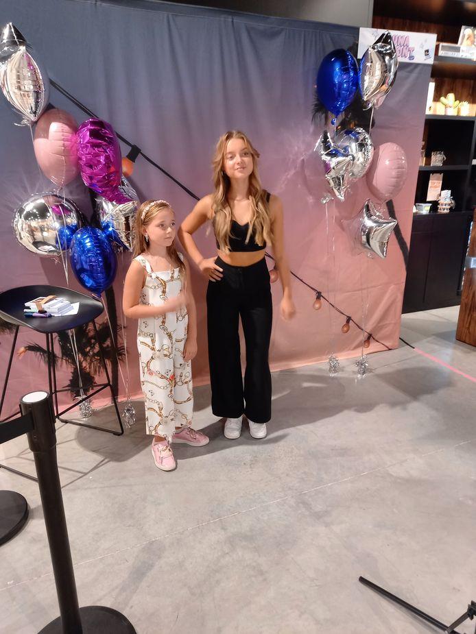 Influencer Luna Dupont (14) met Gemma (8).