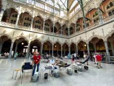 'Bloedserieus' ontvangt studenten en andere donoren in Antwerpse Handelsbeurs