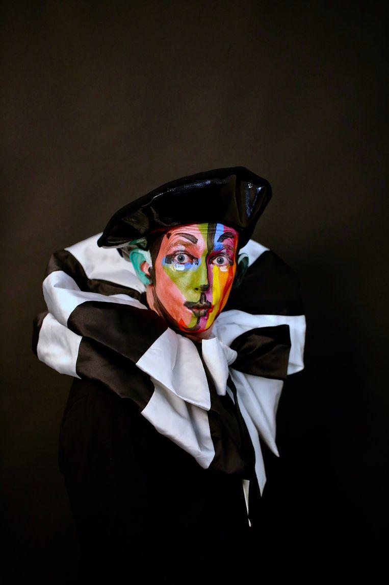 Uit de fotoserie Couture Clowns. Beeld Bright White Studio