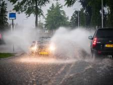 Zware onweersbuien verdrijven hitte, KNMI meldt piepkleine kans op een tornado