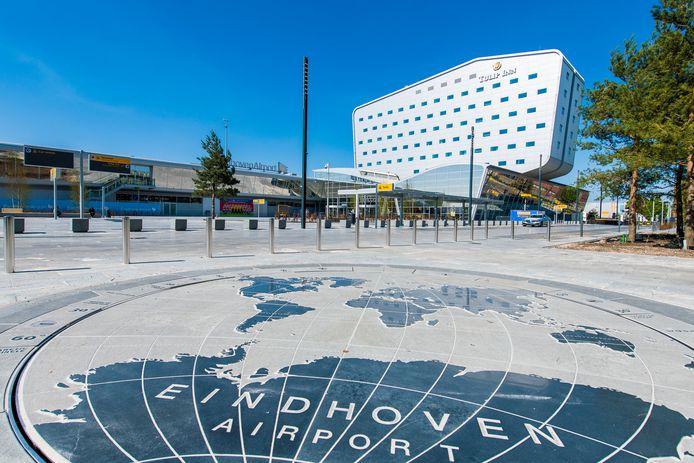 Het voorterrein van Eindhoven Airport en de Airport Boulevard zijn genomineerd voor de Rosa Barba prijs.