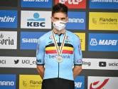 """Hoe Wout van Aert afrekende met kampioenschapscomplex en nu medailles aan elkaar rijgt: """"Wout is een winnaar. Zilver boeit hem niet"""""""
