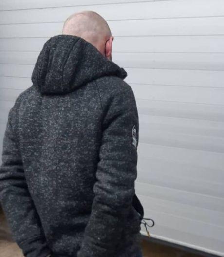 'Autovoeler' met maanden cel tegoed op heterdaad betrapt in Heteren