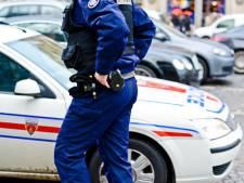 Un homme meurt après une interpellation mouvementée: bavure policière à Paris?