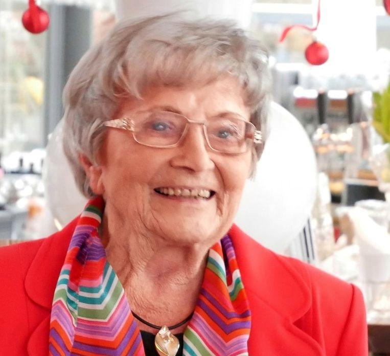 Willemijn Sizoo op haar 85ste verjaardagsfeest. Beeld Familiearchief