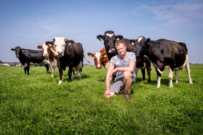 Melkveehouder René Staal ziet niets in het gedwongen uitkopen van boeren.