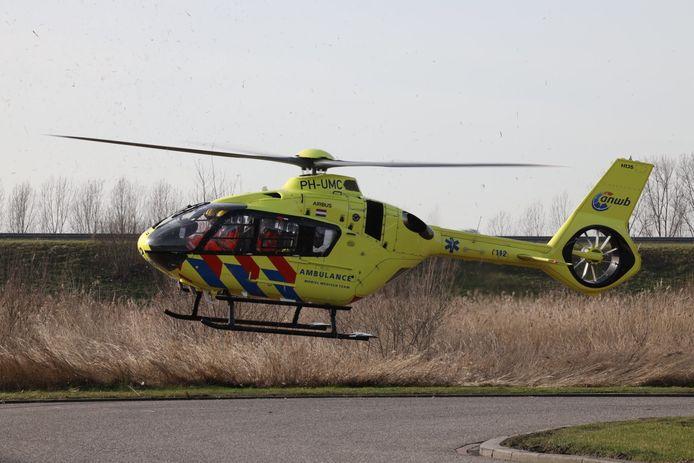 Er is een traumahelikopter ter plaatse.