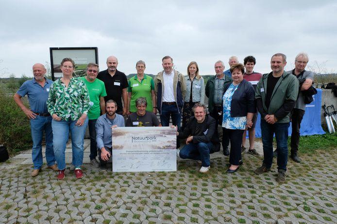 MECHELEN - Verschillende partners ondertekenden zaterdag een engagementsverklaring om zo een groot natuurpark te kunnen verwezenlijken.