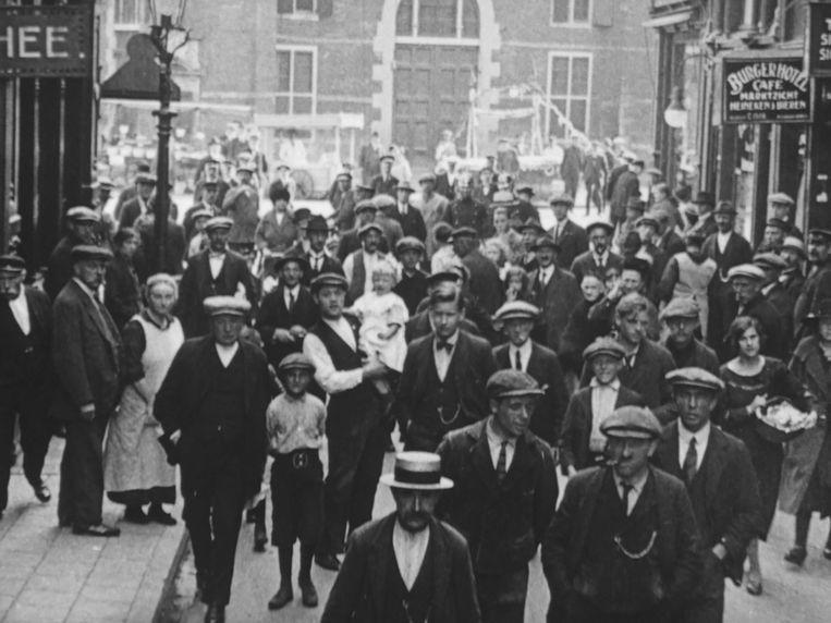 Still uit Op stap met de Passage Bioscoop door Amsterdam, 1922. Beeld EYE filmmuseum