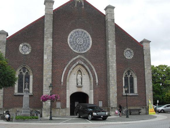 De kerk van Mere zou de hoofdkerk worden.