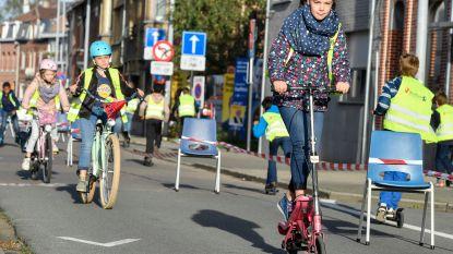 H.Hartschool maakt fietsparadijs van Otterstraat