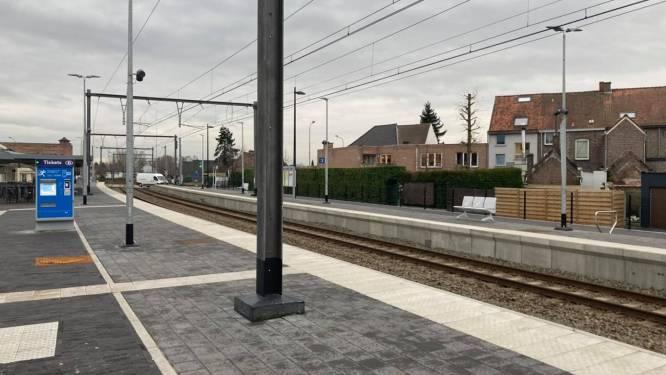Spoorwegovergang in Izegemstraat gaat voortaan sneller open
