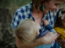 Nijmegen moet borstvoedingsvriendelijker worden:  'Moeders zelfs op stadhuis weggestopt in donkere kelder'