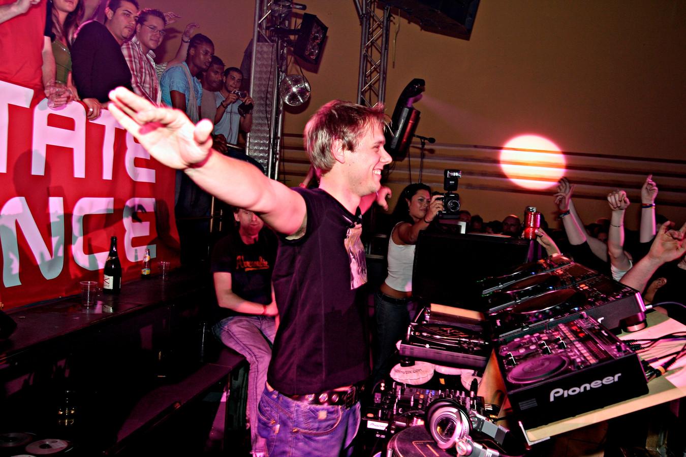 Armin van Buuren in 2006 tijdens de 250ste editie van A State Of Trance