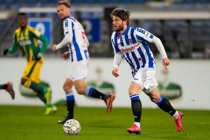 Lasse Schöne stoomt op als speler van SC Heerenveen.
