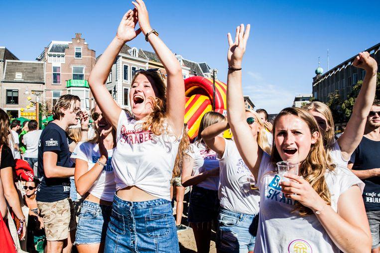 Eerstejaars studenten tijdens de introductieweek in Nijmegen.  Beeld de Volkskrant
