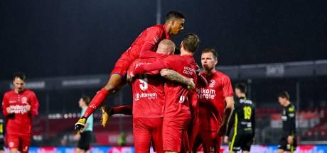 Almere City weer aan kop na ruime zege op Go Ahead Eagles, NAC blijft in het spoor
