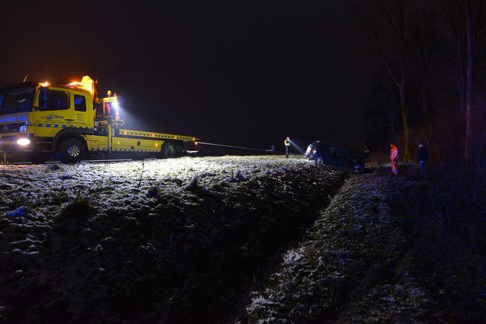 Bergers halen de wagen weg. Foto: ViWa Media
