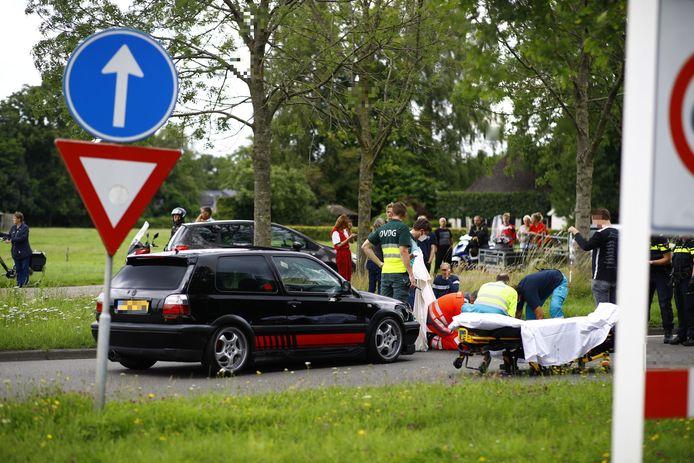 Een fietser raakte zwaargewond bij een aanrijding in Heerde.