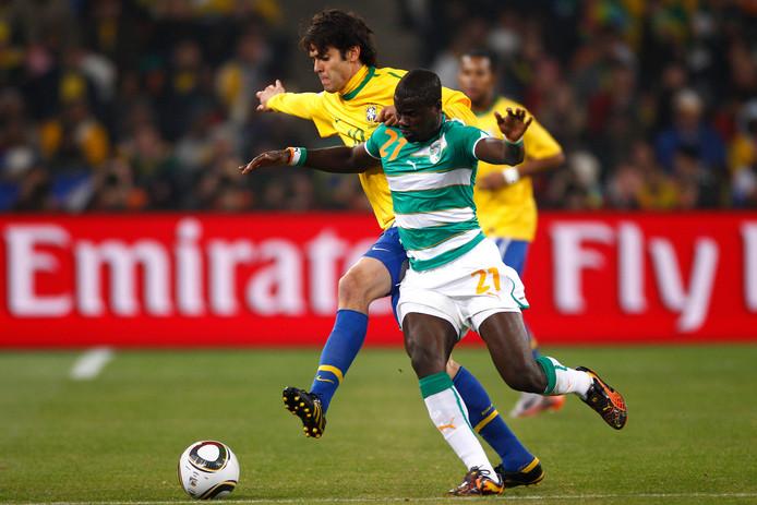 Eboué in duel met Kaká