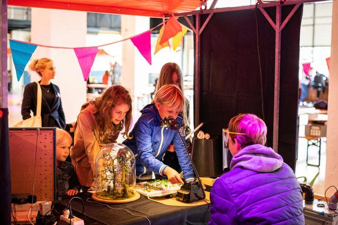 Vooral zelf doen op de Eindhoven Maker Faire.