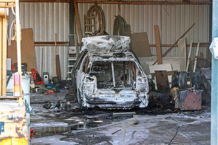 Crossauto uitgebrand in Marknesse.