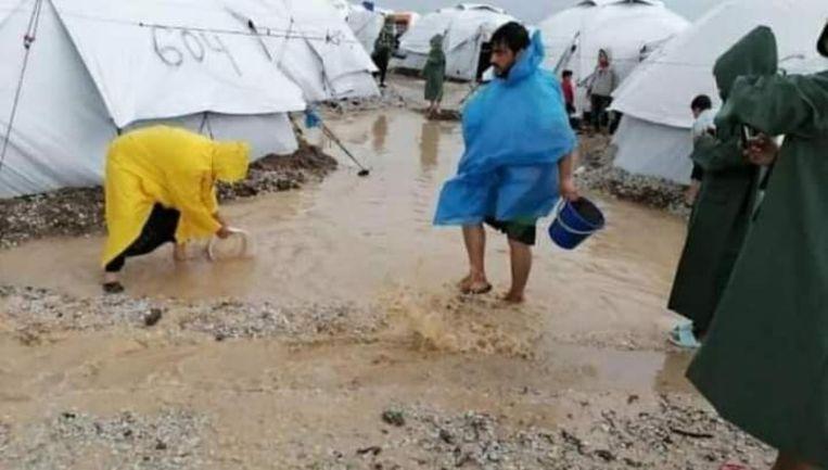 Deze foto is gemaakt door een bewoner van het kamp. Fotograferen is in het kamp verboden. Beeld Trouw