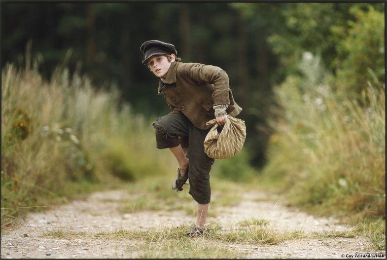 Barney Clark in Oliver Twist Beeld