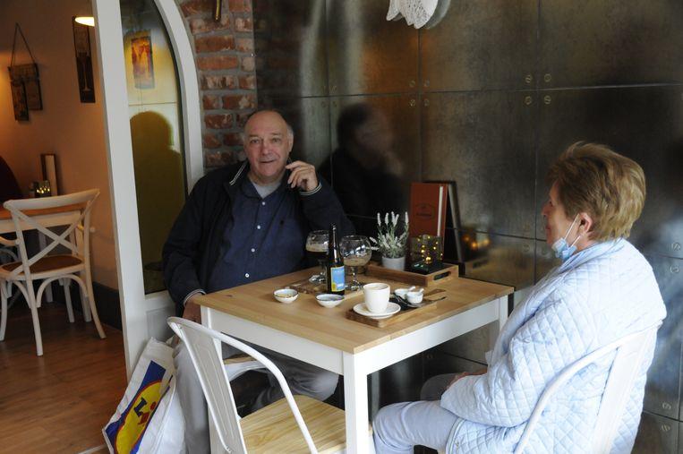 Etienne en zijn vrouw Lea kwamen een kijkje nemen in De Afspraak.