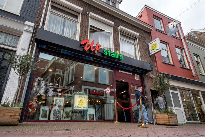 De vernieuwde Coffeeshop Upstairs in de Beekstraat in Arnhem.