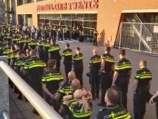 Indrukwekkend eerbetoon voor wijkagent Niels (43) uit Enschede: hij voelde zijn einde naderen