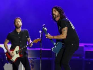 """Foo Fighters blazen jubileumtournee af: """"Tot het weer veilig is voor iedereen"""""""