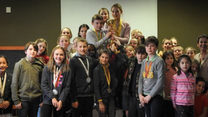 Sint-Michielscollege wint scholenzwemstrijd