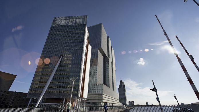 Het kantoorgebouw van KPN aan het Wilhelminaplein in Rotterdam.