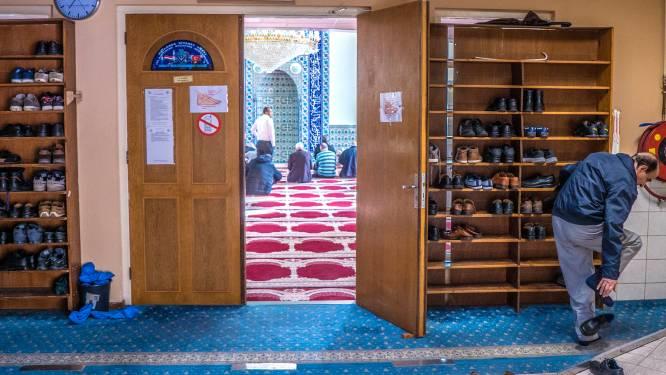 Delftse politici roepen burgemeester Van Bijsterveldt op het matje om 'illegaal moslimonderzoek'