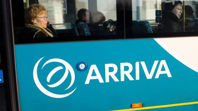 Lijnbus vliegt uit de bocht in Norg: geen gewonden