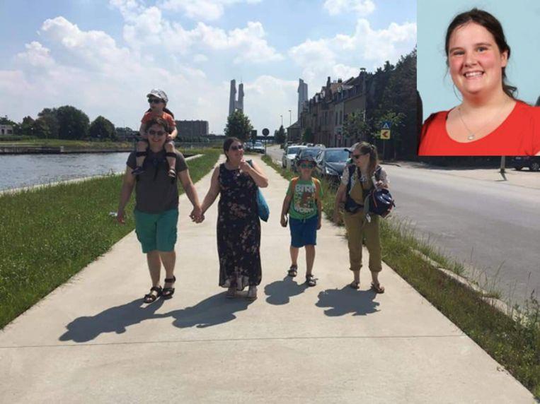 Ellen Plateus met haar gezin en schoonzus, die medebeheerder is van de 'Gift Vilvoorde'-groep